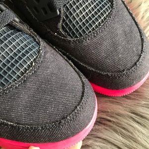 finest selection 3cca6 bcb85 Nike Shoes - NEW 💞 NIKE AIR JORDAN RETRO 4 • DENIM WOMEN SZ 9